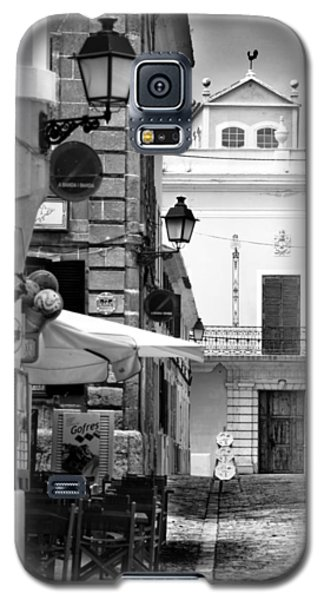 Galaxy S5 Case featuring the photograph Old Town by Pedro Cardona