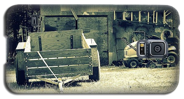 Galaxy S5 Case featuring the photograph Old Wagon And Old Shed by Ester  Rogers