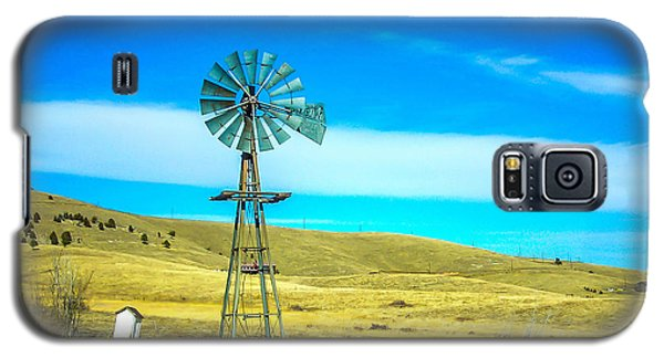 Galaxy S5 Case featuring the photograph Old Windmill by Shannon Harrington