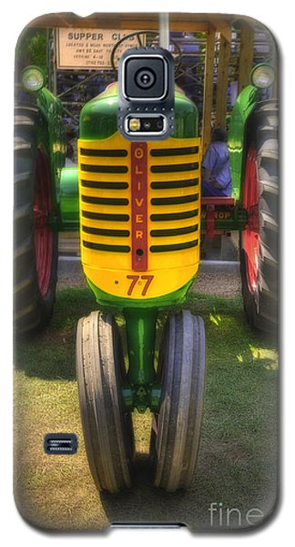 Galaxy S5 Case featuring the photograph Oliver Crop Row 77 by Trey Foerster
