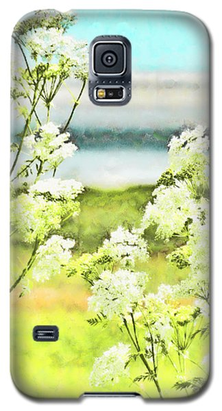 Galaxy S5 Case featuring the digital art On The Mudflats Of Pegwell Bay by Steve Taylor
