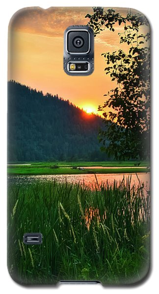 Galaxy S5 Case featuring the photograph Pack River Delta Sunset 2 by Albert Seger