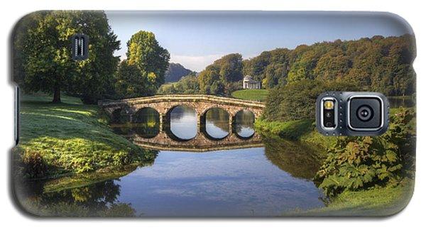 Palladian Bridge At Stourhead. Galaxy S5 Case