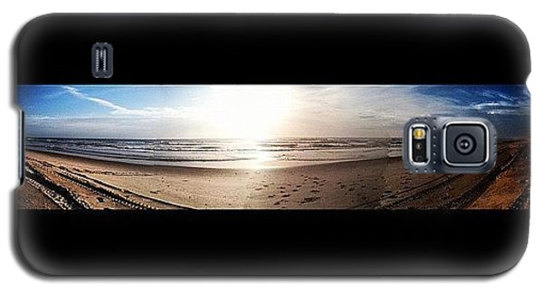 Bright Galaxy S5 Case - Panoramic Picture Of The Sunrise by Lea Ward