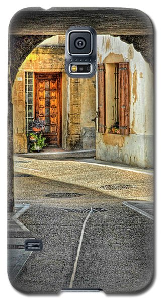 Galaxy S5 Case featuring the photograph Passageway And Arch In Provence by Dave Mills