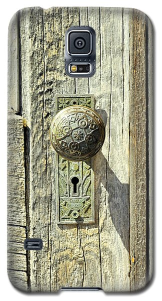 Galaxy S5 Case featuring the photograph Patina Knob by Fran Riley