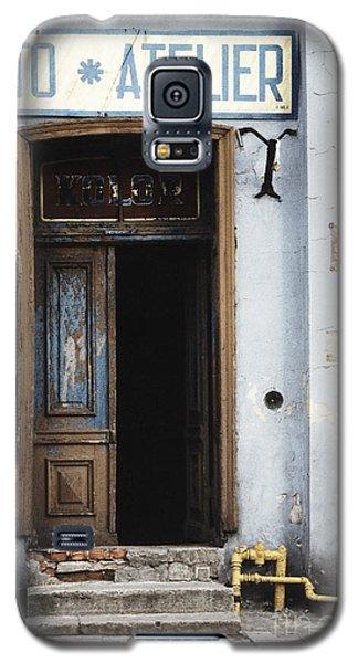 Photography Studio Entrance Galaxy S5 Case by Agnieszka Kubica