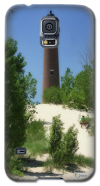 Galaxy S5 Case featuring the photograph Picnic By The Lighthouse by Joan Bertucci