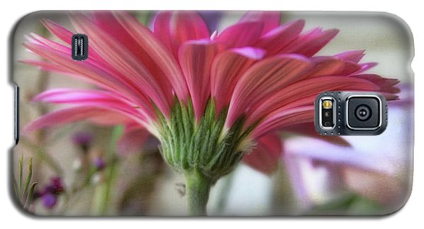 Galaxy S5 Case featuring the photograph Pink Beauty by Joan Bertucci