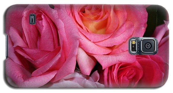Pink Roses Galaxy S5 Case by Robin Regan