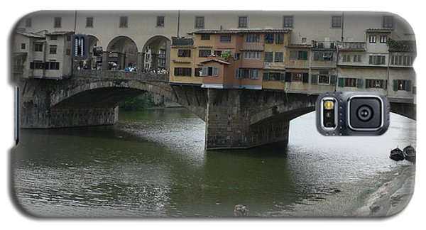 Galaxy S5 Case featuring the photograph Ponte Vecchio by Laurel Best