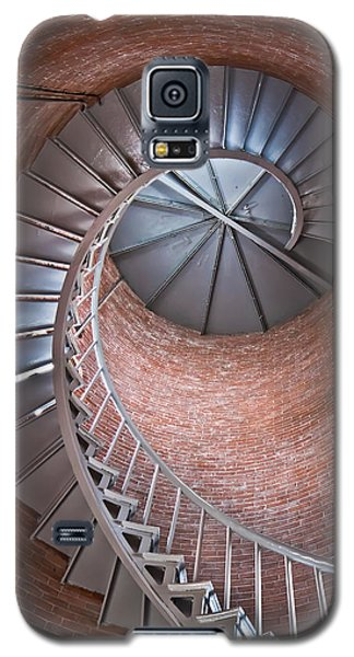 Portsmouth Harbor Lighthouse Stairwell Galaxy S5 Case by Robert Clifford