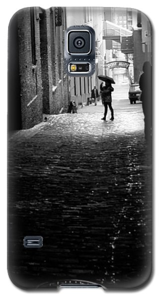 Galaxy S5 Case featuring the photograph Post Alley by Mitch Shindelbower