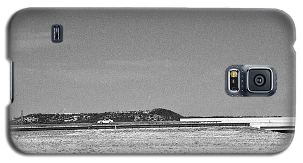 Postcard From The Edge Of Town Galaxy S5 Case by Louis Nugent