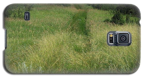 Prairie Trail In High Grass Galaxy S5 Case by Jim Sauchyn