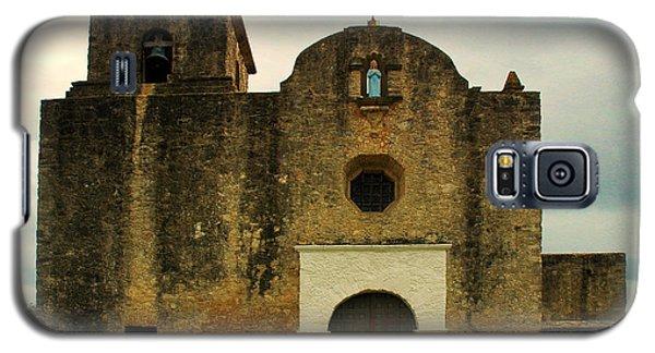 Galaxy S5 Case featuring the photograph Presidio La Bahia by Vivian Christopher