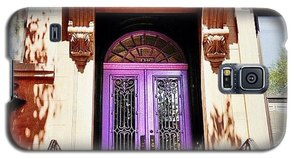 Purple Door - Brooklyn - New York City Galaxy S5 Case by Vivienne Gucwa