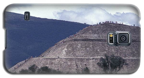 Galaxy S5 Case featuring the photograph Pyramid Climbers Teotihuacan Mexico by John  Mitchell