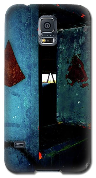 Galaxy S5 Case featuring the photograph Pyramid Power by Newel Hunter