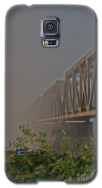 Railway Bridge Galaxy S5 Case by Rod Wiens