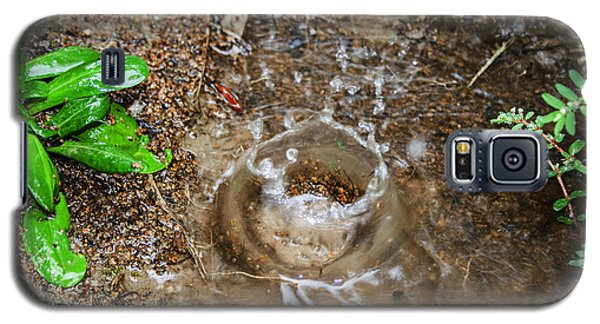 Galaxy S5 Case featuring the photograph Rain Splash by Ester  Rogers