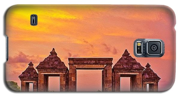 Funny Galaxy S5 Case - Ratu Boko Is An Archaeological Site by Tommy Tjahjono