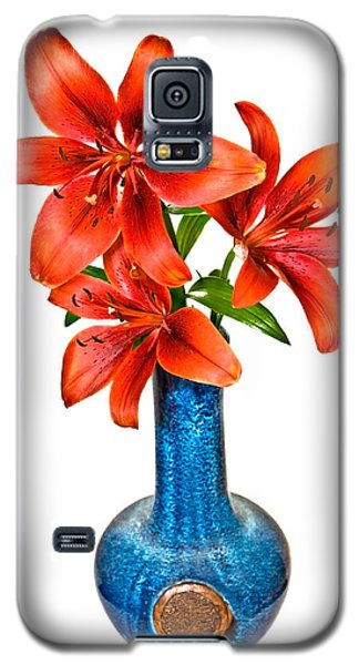 Red Lilies In Blue Vase Galaxy S5 Case