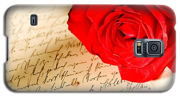 Red Rose Over A Hand Written Letter Galaxy S5 Case