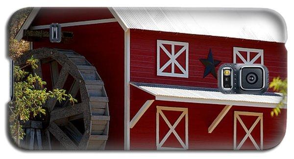 Red Star Barn Galaxy S5 Case