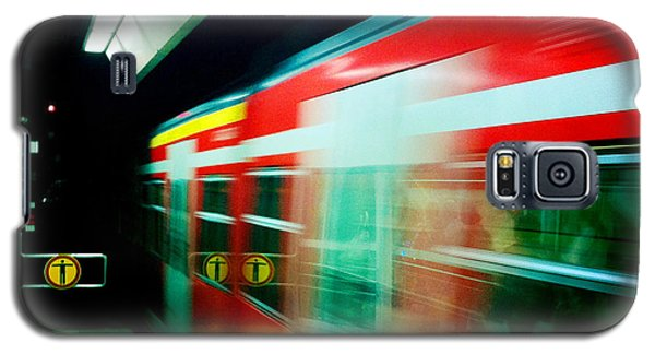 Transportation Galaxy S5 Case - Red Train Blurred by Matthias Hauser