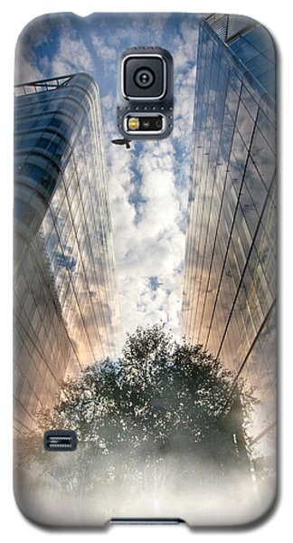 Galaxy S5 Case featuring the photograph Rise by Richard Piper