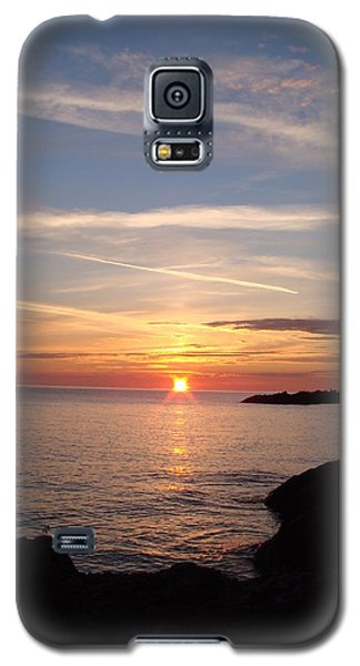 Galaxy S5 Case featuring the photograph Rising Sun by Bonfire Photography