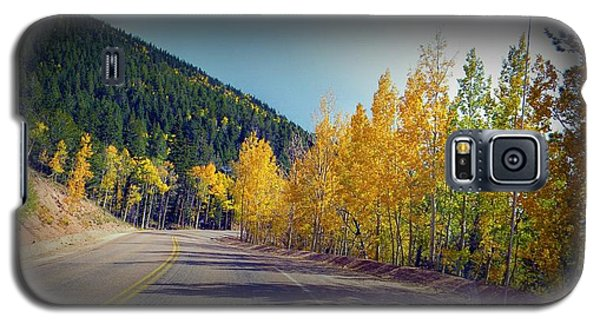 Galaxy S5 Case featuring the photograph Road To Fall by Michelle Frizzell-Thompson