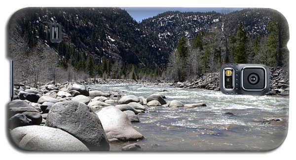 Galaxy S5 Case featuring the photograph Rock In The River by Lorraine Devon Wilke