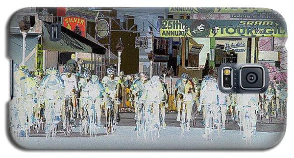 Galaxy S5 Case featuring the photograph Rolling Down Bullard Street by Vicki Pelham