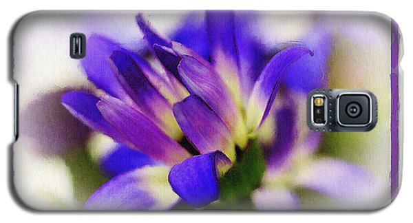 Galaxy S5 Case featuring the photograph Royal Purple by Judi Bagwell