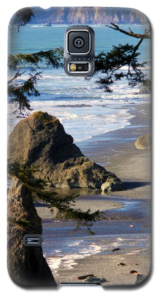 Galaxy S5 Case featuring the photograph Ruby Beach Iv by Jeanette C Landstrom