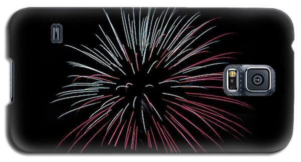 Galaxy S5 Case featuring the photograph Rvr Fireworks 15 by Mark Dodd