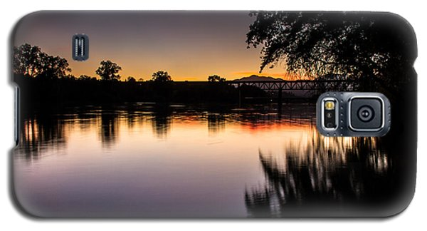 Galaxy S5 Case featuring the photograph Sacramento River Sunset by Randy Wood