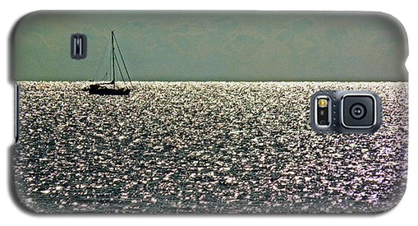 Galaxy S5 Case featuring the photograph Sailing On A Sea Of Diamonds by William Fields