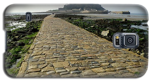 Galaxy S5 Case featuring the photograph Saint Michael's Mount by Lainie Wrightson
