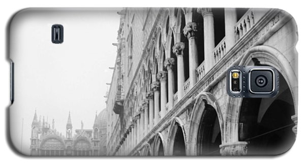 Galaxy S5 Case featuring the photograph San Marco Square In Venice by Emanuel Tanjala