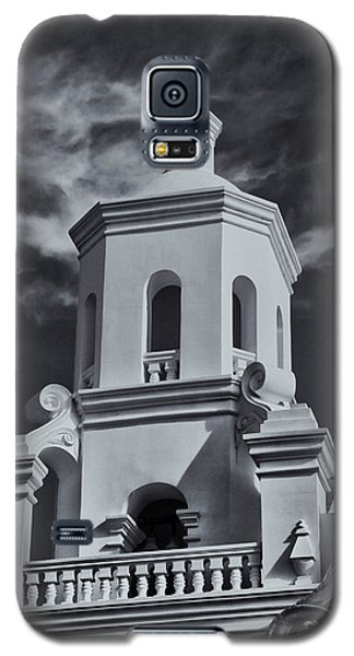 Galaxy S5 Case featuring the photograph San Xavier Tower by Tom Singleton