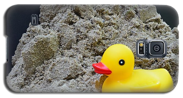 Sand Pile And Ducky Galaxy S5 Case