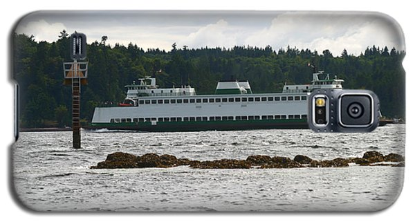 Galaxy S5 Case featuring the photograph Sealth Ferryboat Rich Passage by Kym Backland