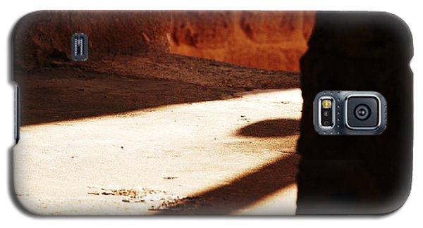 Shadow On The Windows Galaxy S5 Case