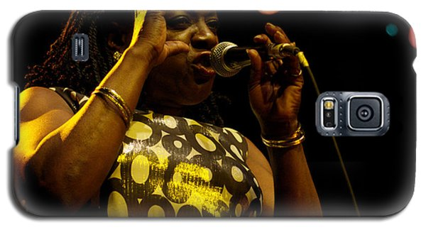 Galaxy S5 Case featuring the photograph Sharon Jones by Jeff Ross