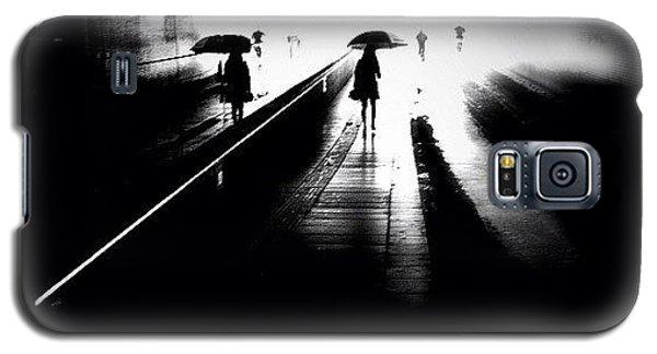 Igersoftheday Galaxy S5 Case - She's Into Rain by Robbert Ter Weijden