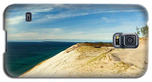 Sleeping Bear Dunes Galaxy S5 Case by Larry Carr