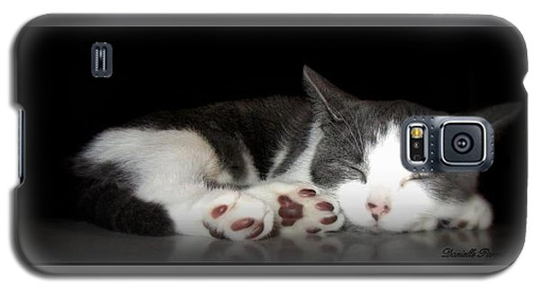Galaxy S5 Case featuring the photograph Sleeping Beauty by Danielle  Parent